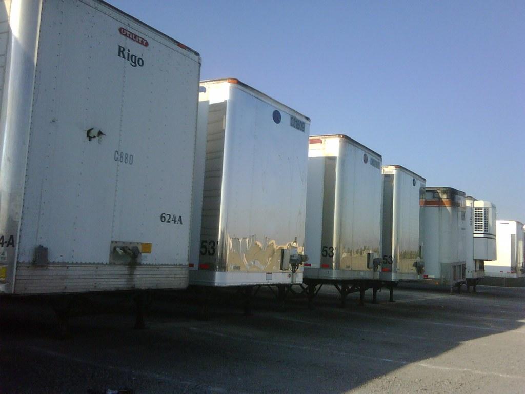 Fleet trailers using exterior solar lighting