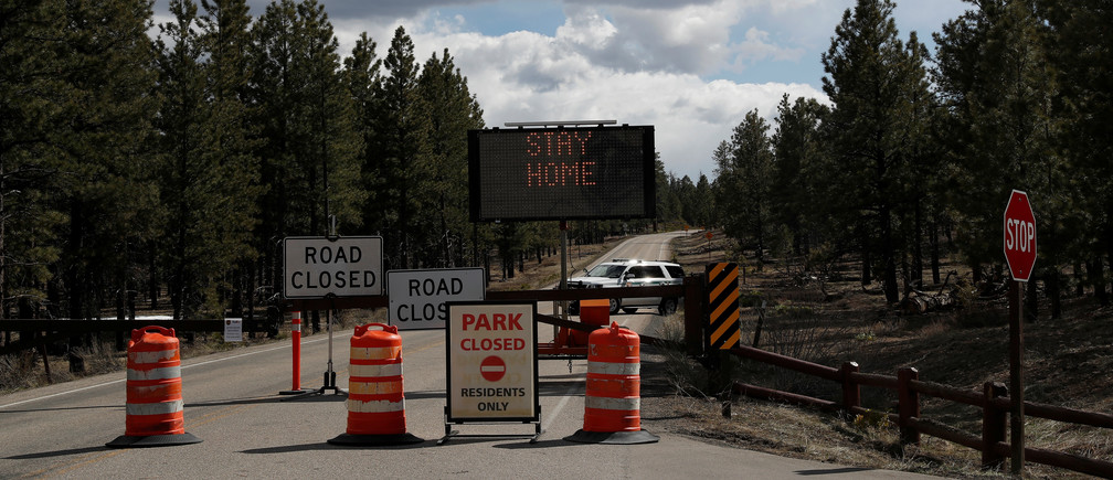 park and road closed signs